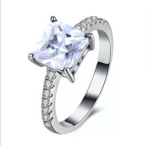New Silver Tone Cubic Zirconia Prong Setting Ring